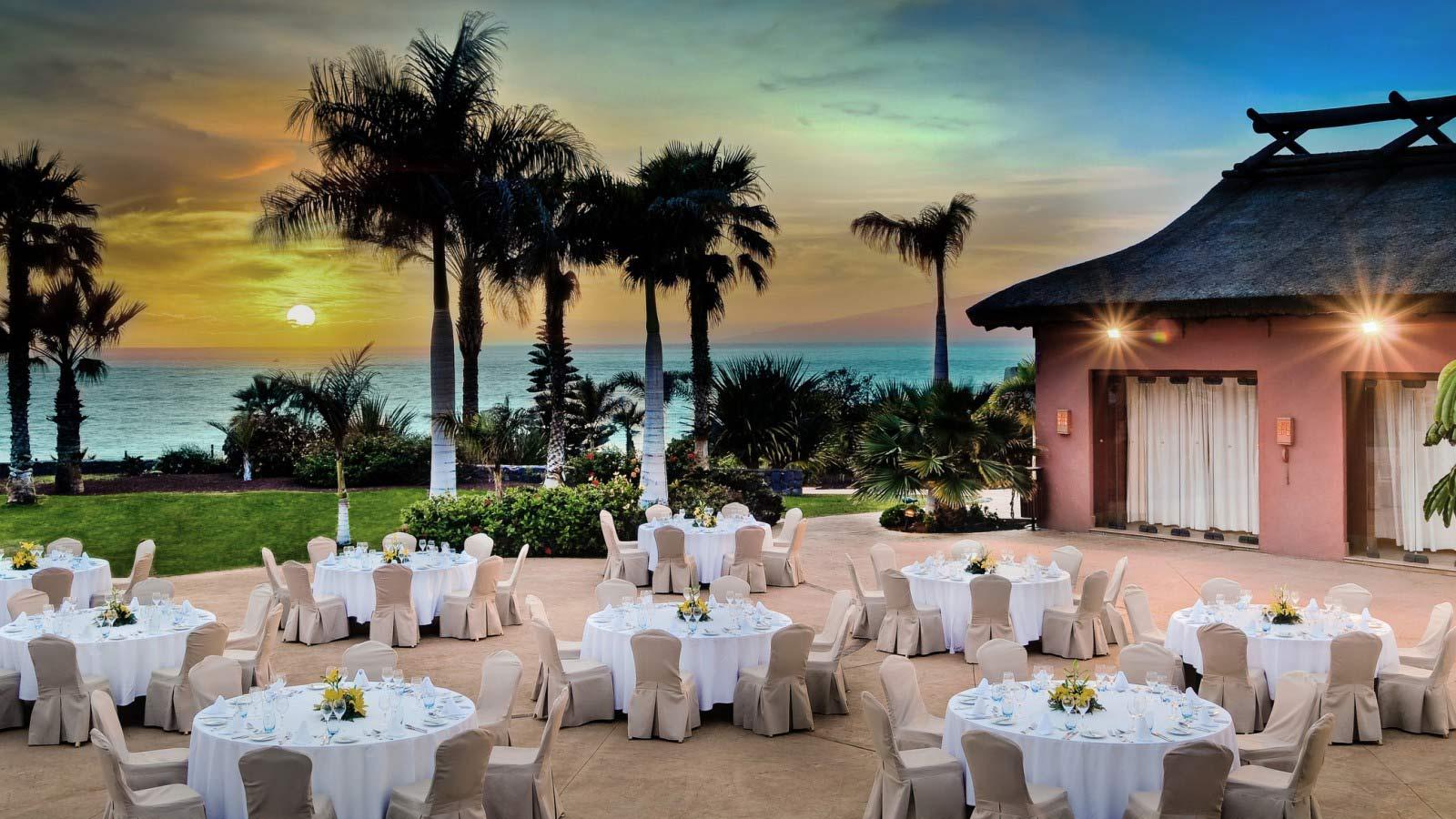 Su boda en sheraton la caleta resort spa for Hotel familiar nunez
